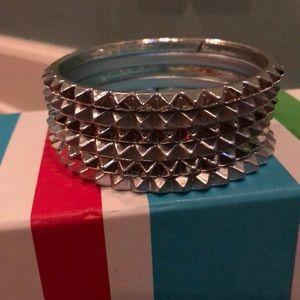 Jewelry - 6 skinny triangle spike slip on silver bracelets